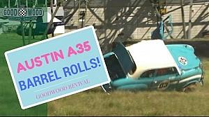Austin A35 over de kop tijdens Goodwood Revival