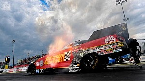 Courtney Force rockets to a new track record in Atlanta
