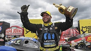 Matt Hagan races to career win No. 25
